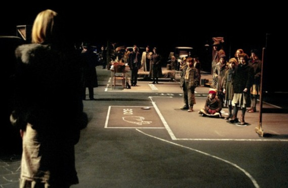 dogville-2003-19-g